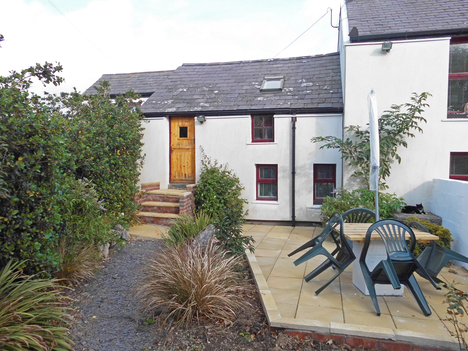 2 bedroom Cottage for rent in Holyhead
