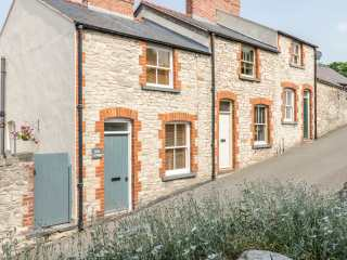 2 bedroom Cottage for rent in Denbigh
