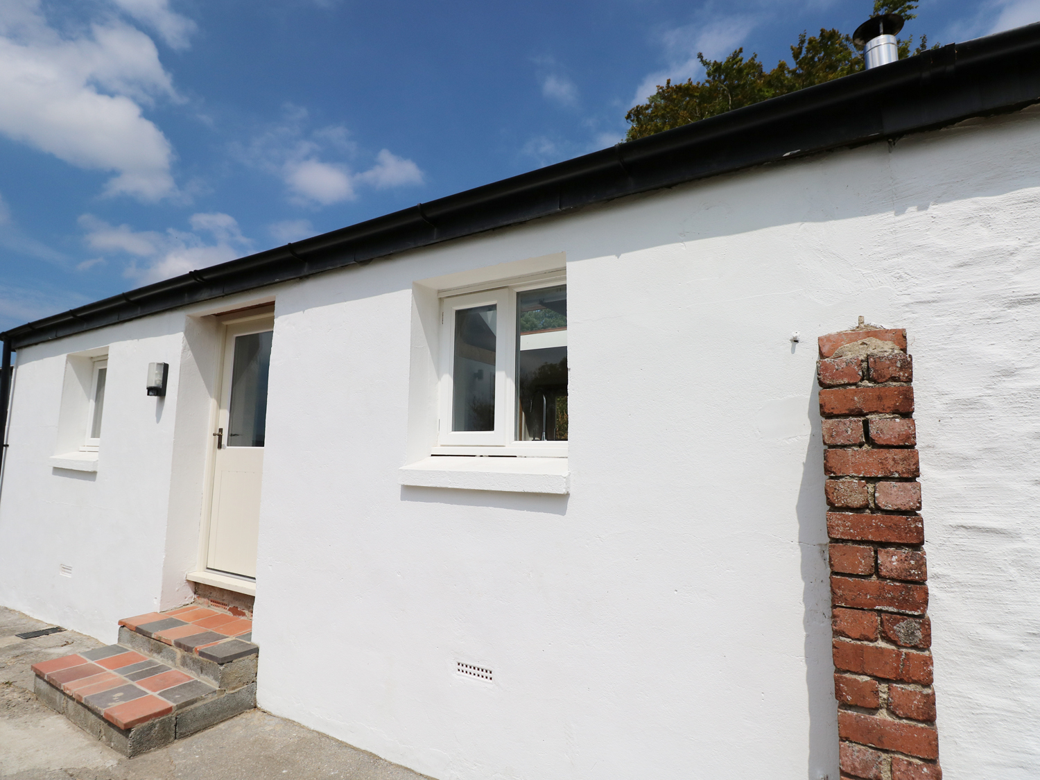 1 bedroom Cottage for rent in Dyfed