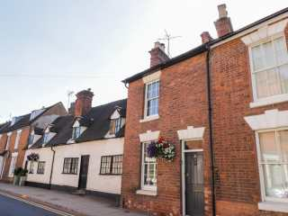 2 bedroom Cottage for rent in Warwick