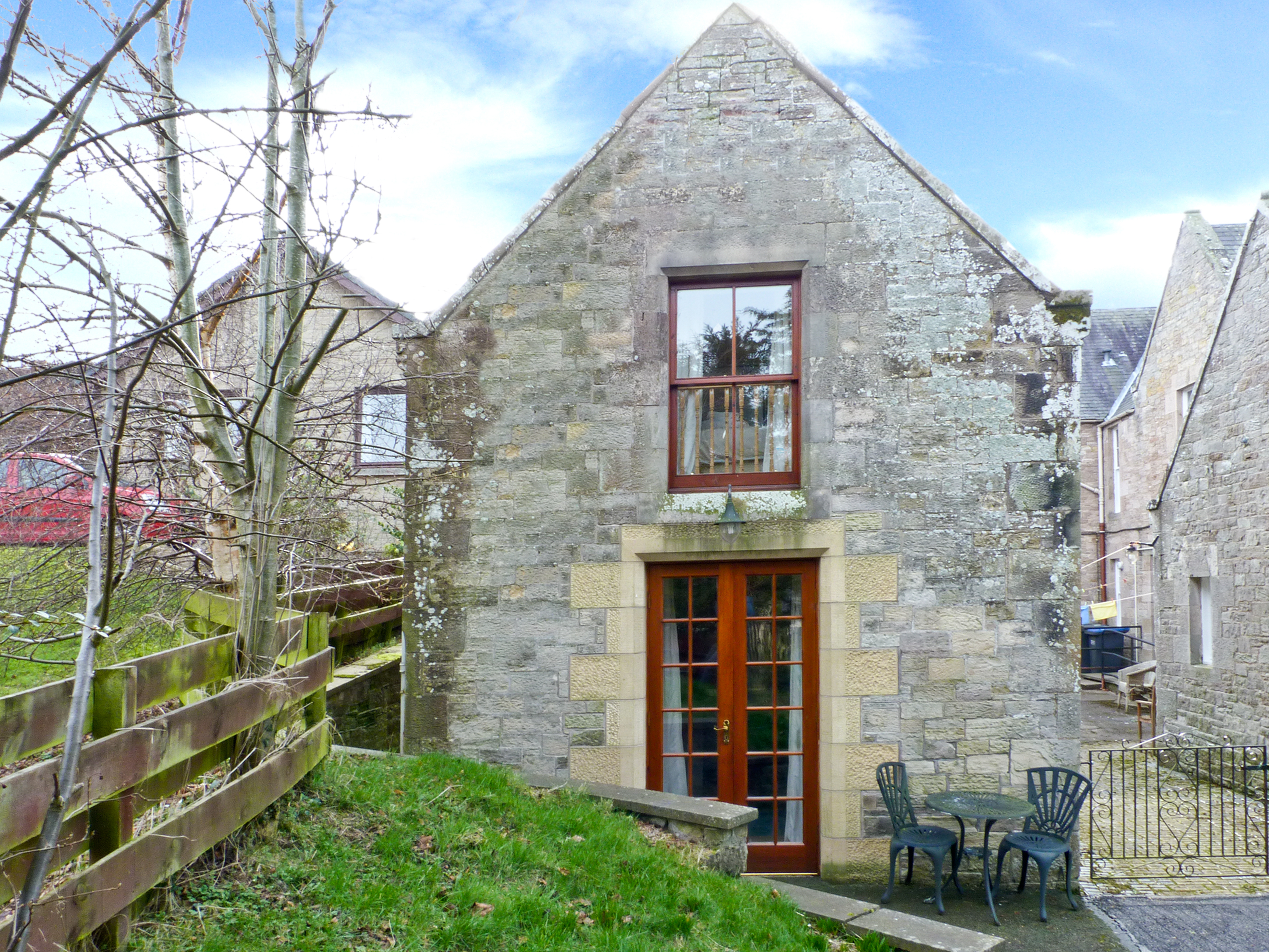 1 bedroom Cottage for rent in Knowesouth