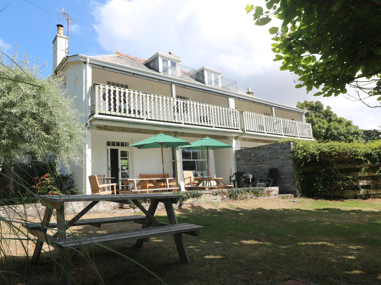 7 bedroom Cottage for rent in Rock