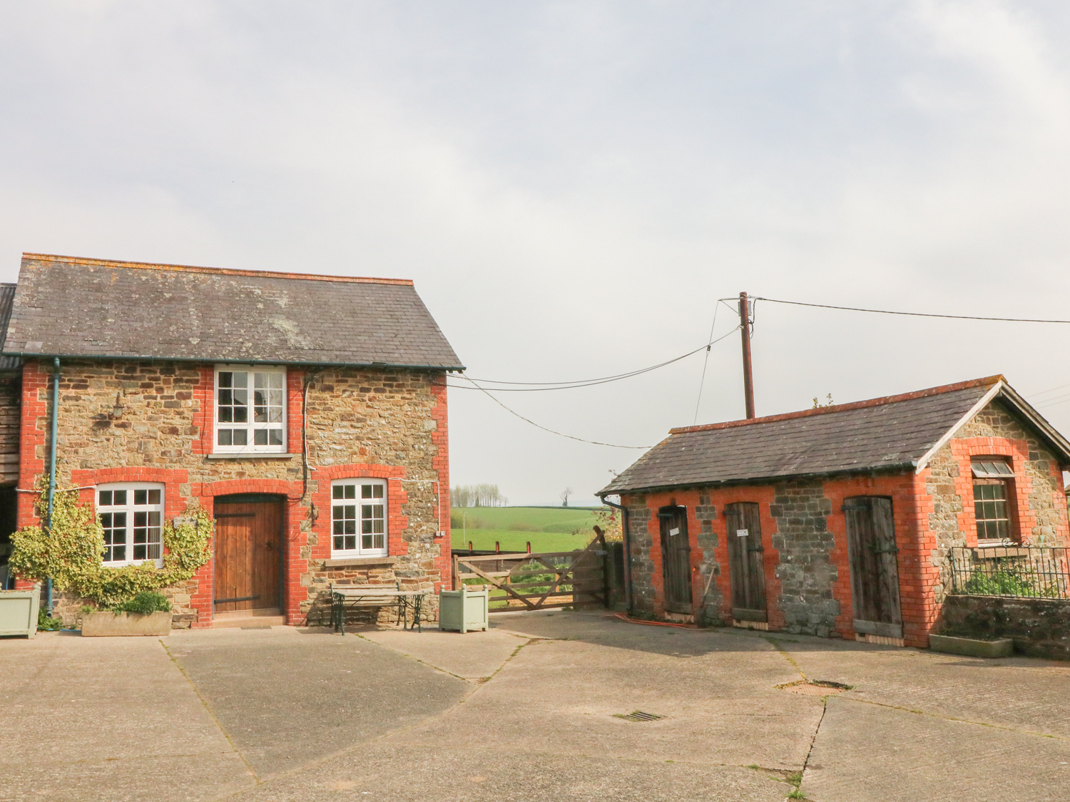 2 bedroom Cottage for rent in Umberleigh