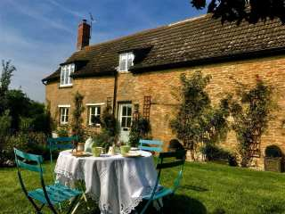 1 bedroom Cottage for rent in Buckland