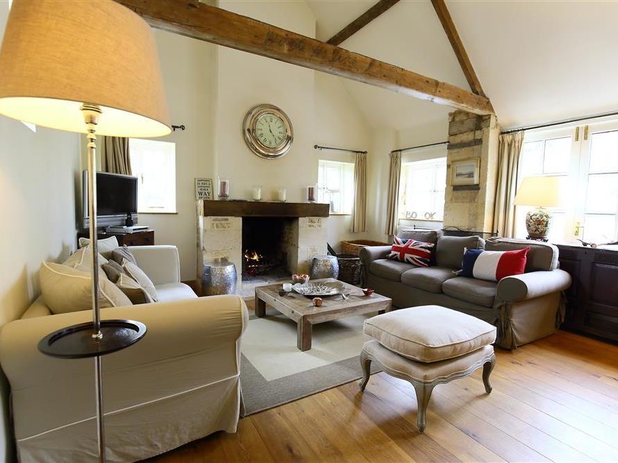 2 bedroom Cottage for rent in Cheltenham