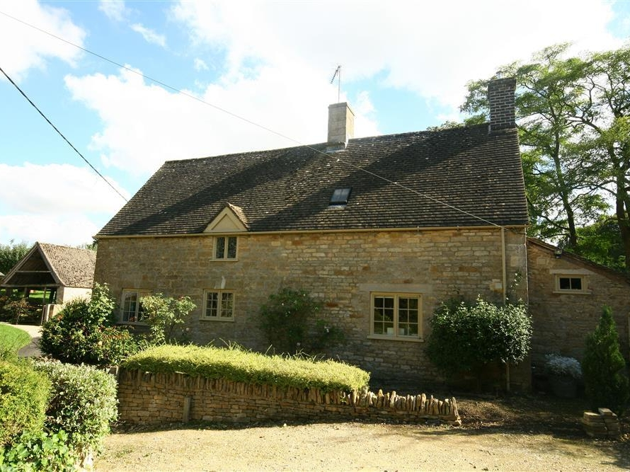2 bedroom Cottage for rent in Bledington