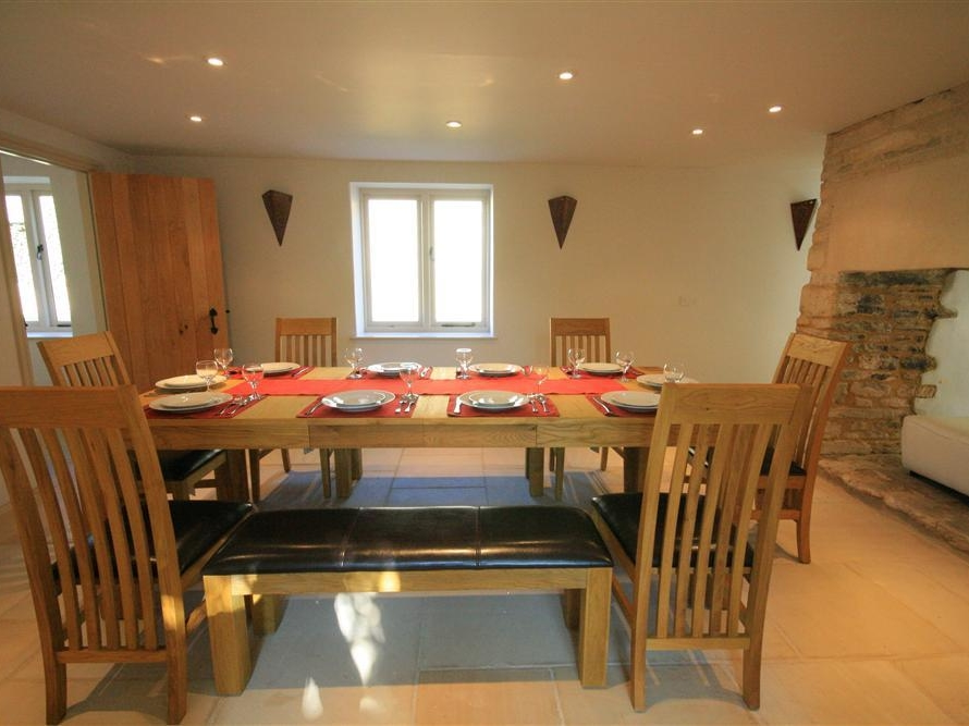 6 bedroom Cottage for rent in Burford