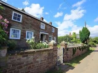 3 bedroom Cottage for rent in Blakeney