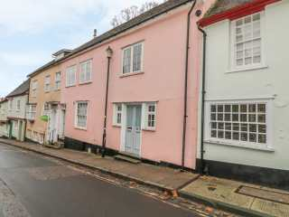 3 bedroom Cottage for rent in Colchester