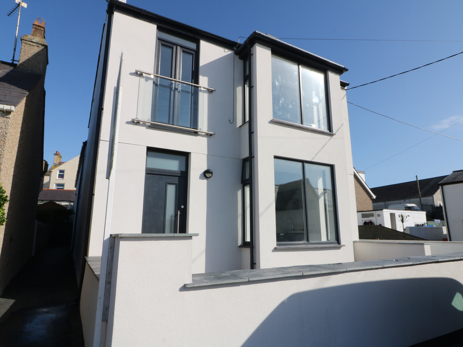 2 bedroom Cottage for rent in Rhosneigr