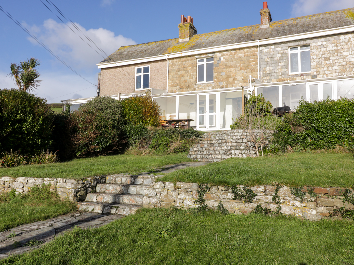 3 bedroom Cottage for rent in Torpoint