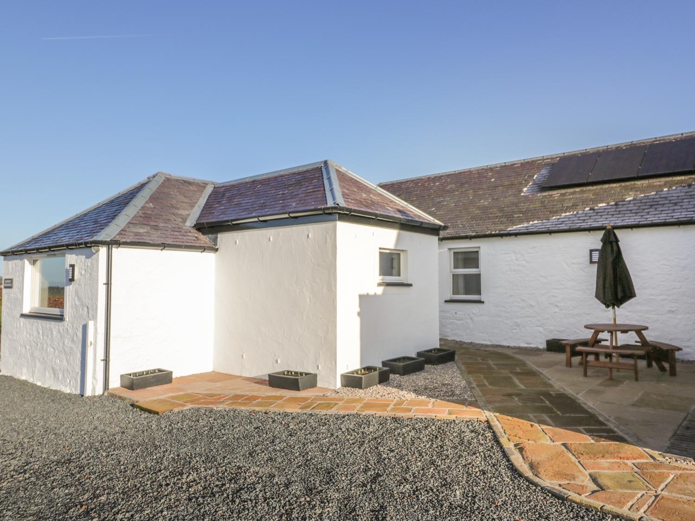 2 bedroom Cottage for rent in Mauchline