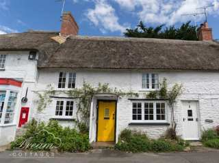 2 bedroom Cottage for rent in Bridport