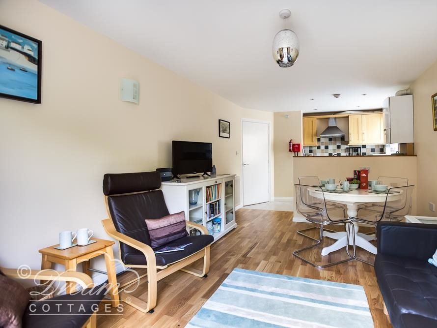 2 bedroom Cottage for rent in Weymouth