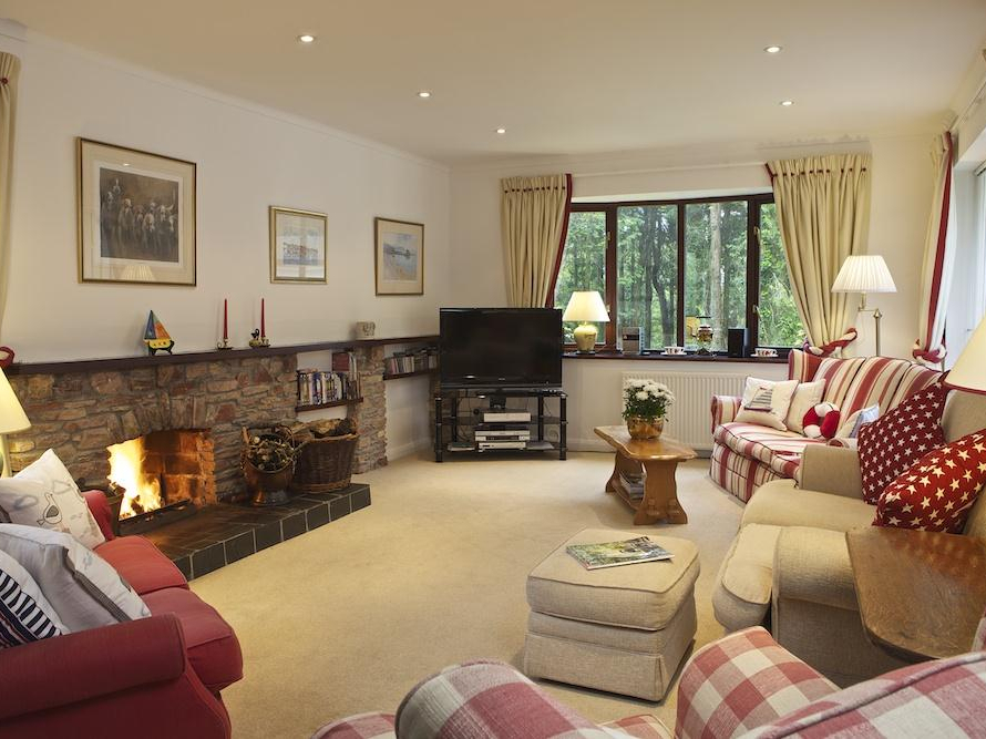 5 bedroom Cottage for rent in Salcombe