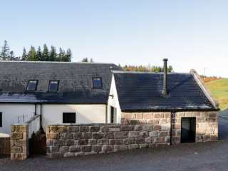 4 bedroom Cottage for rent in Banchory