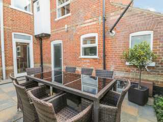 4 bedroom Cottage for rent in Mundesley