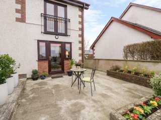 1 bedroom Cottage for rent in Llangefni