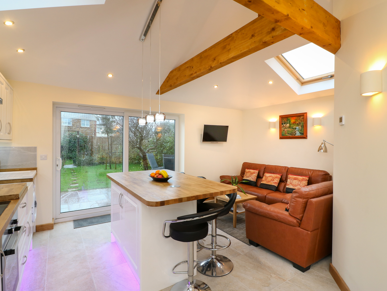 2 bedroom Cottage for rent in Seaton, Devon