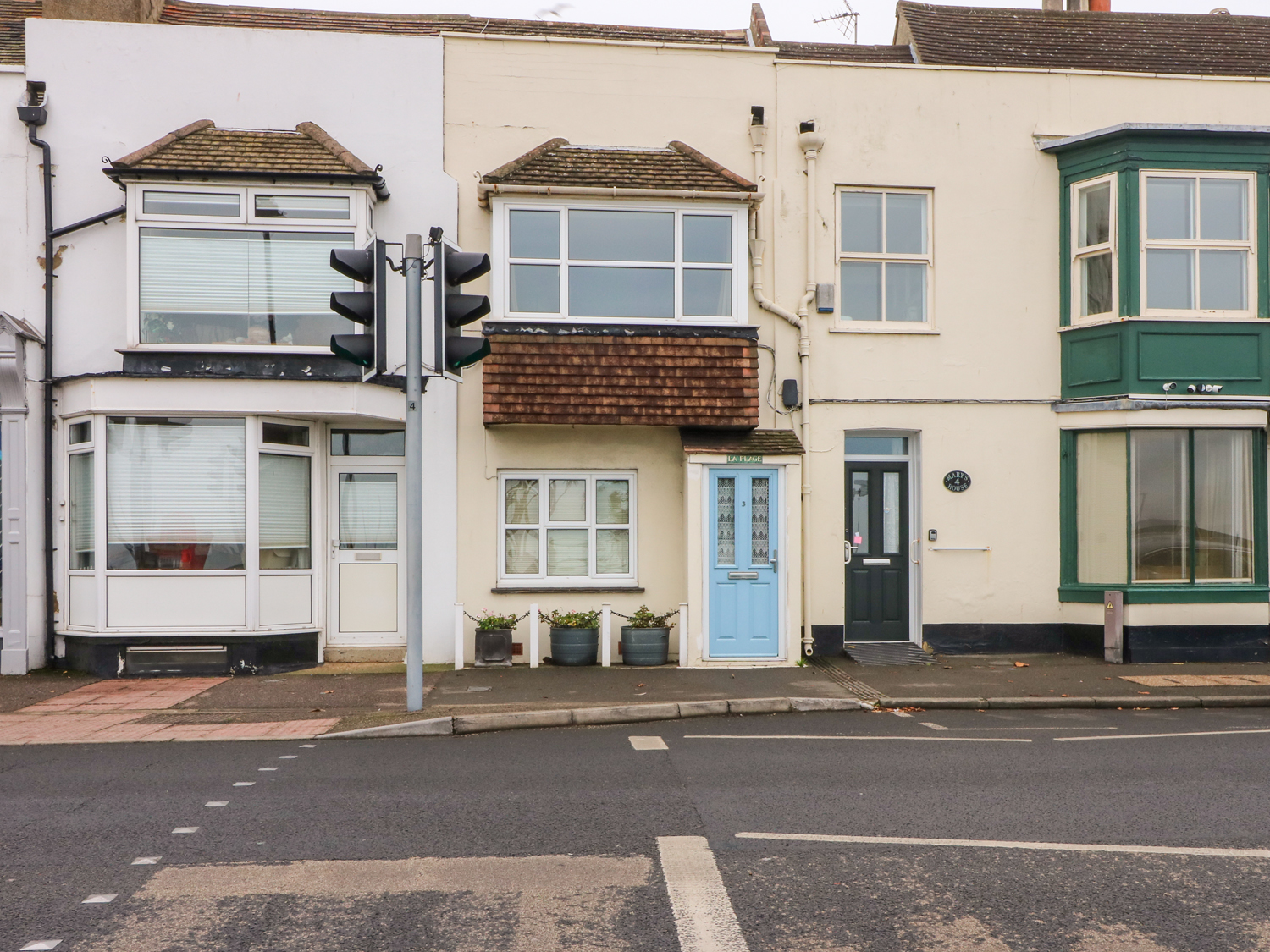 2 bedroom Cottage for rent in Walmer