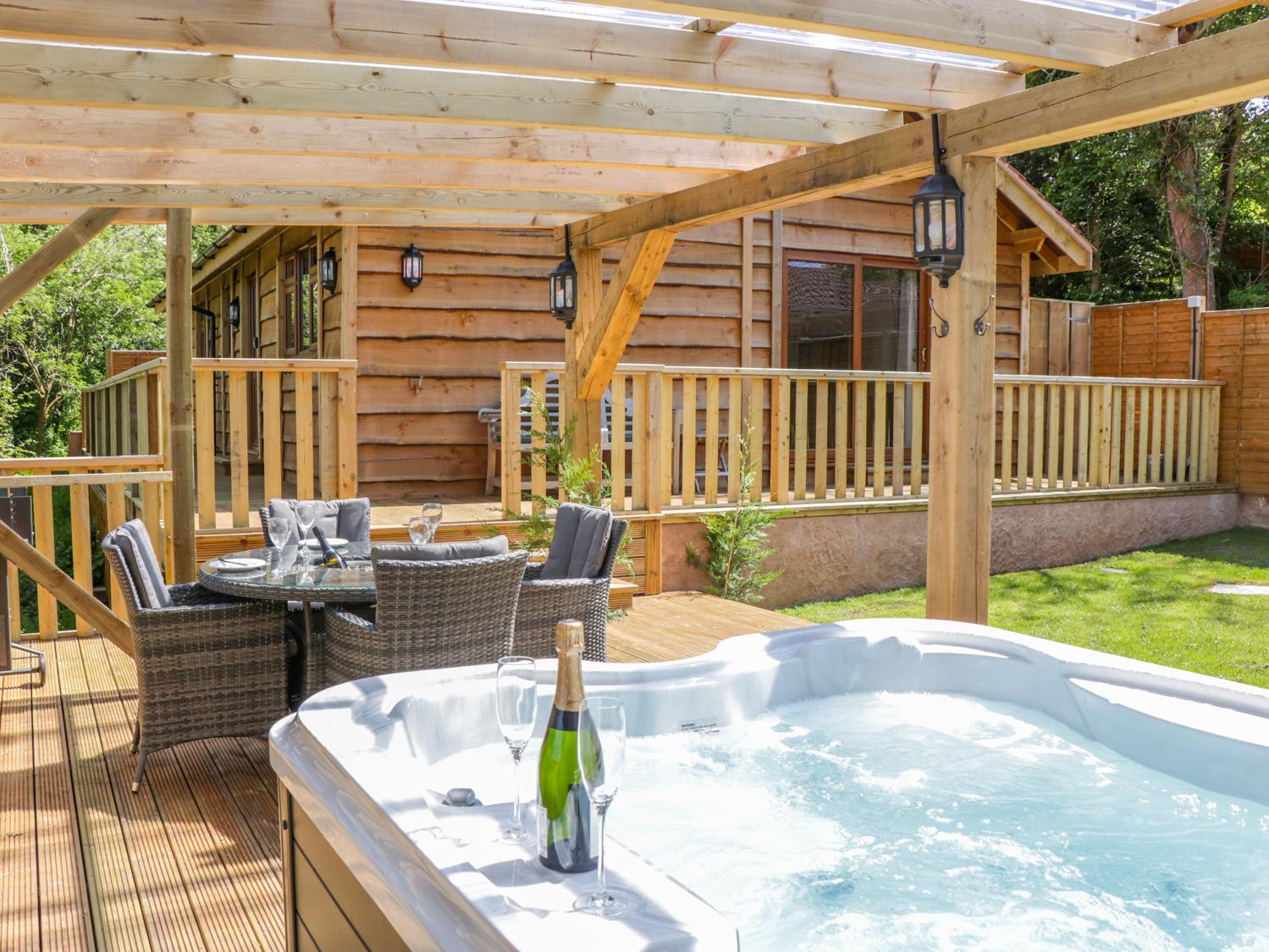 2 bedroom Cottage for rent in Watchet