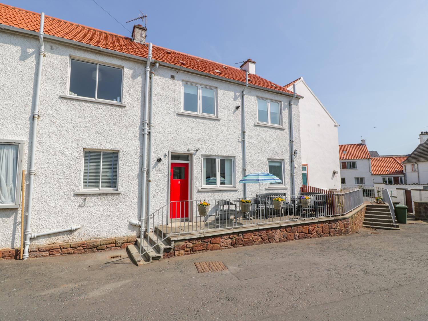 3 bedroom Cottage for rent in Dunbar