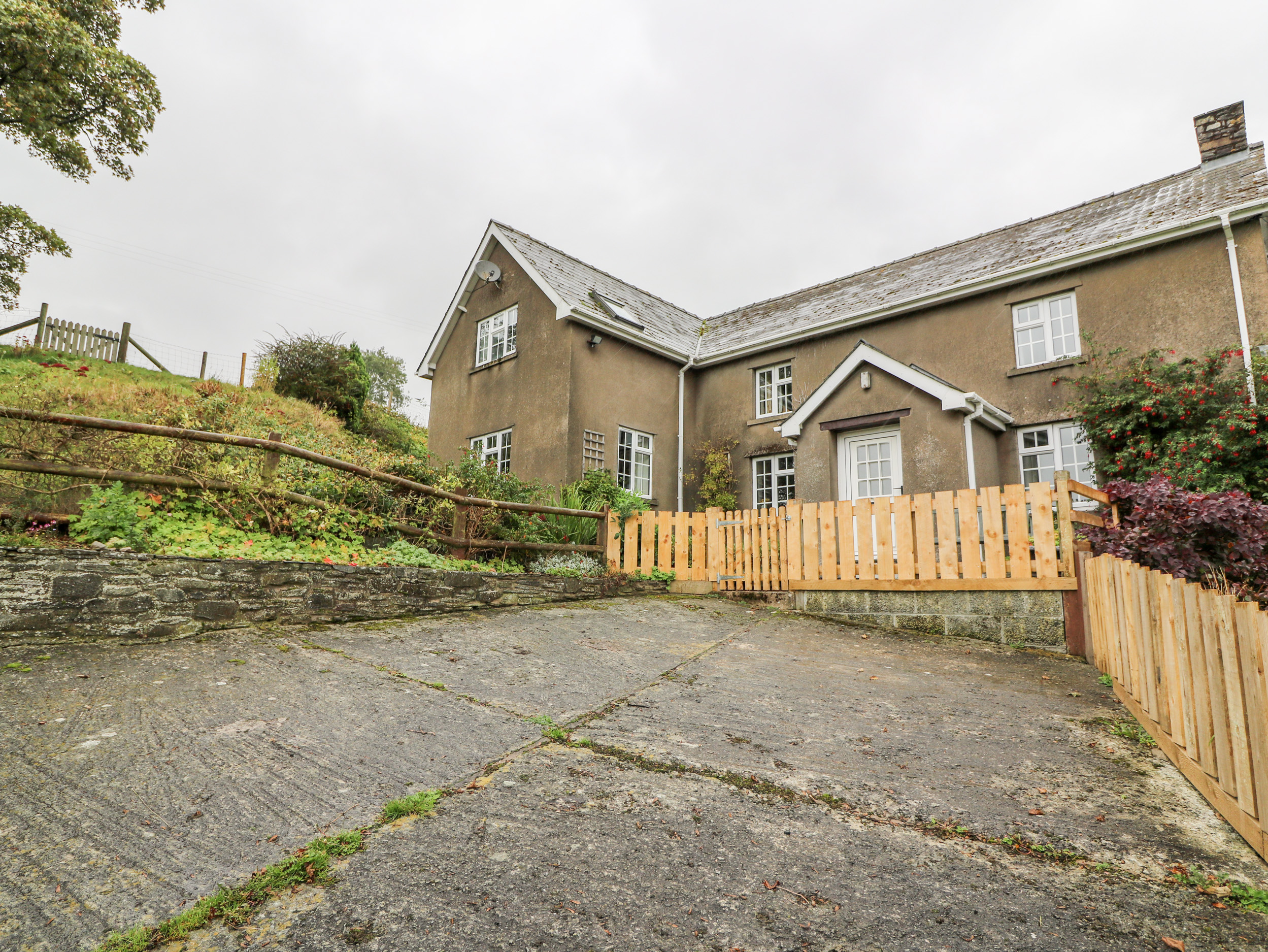 5 bedroom Cottage for rent in Builth Wells