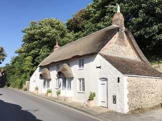 4 bedroom Cottage for rent in Wareham