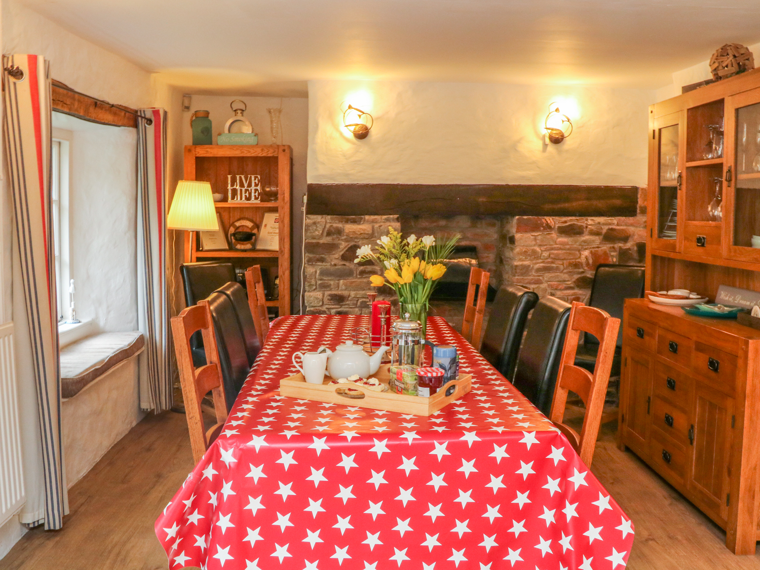 Seacombe Cottage