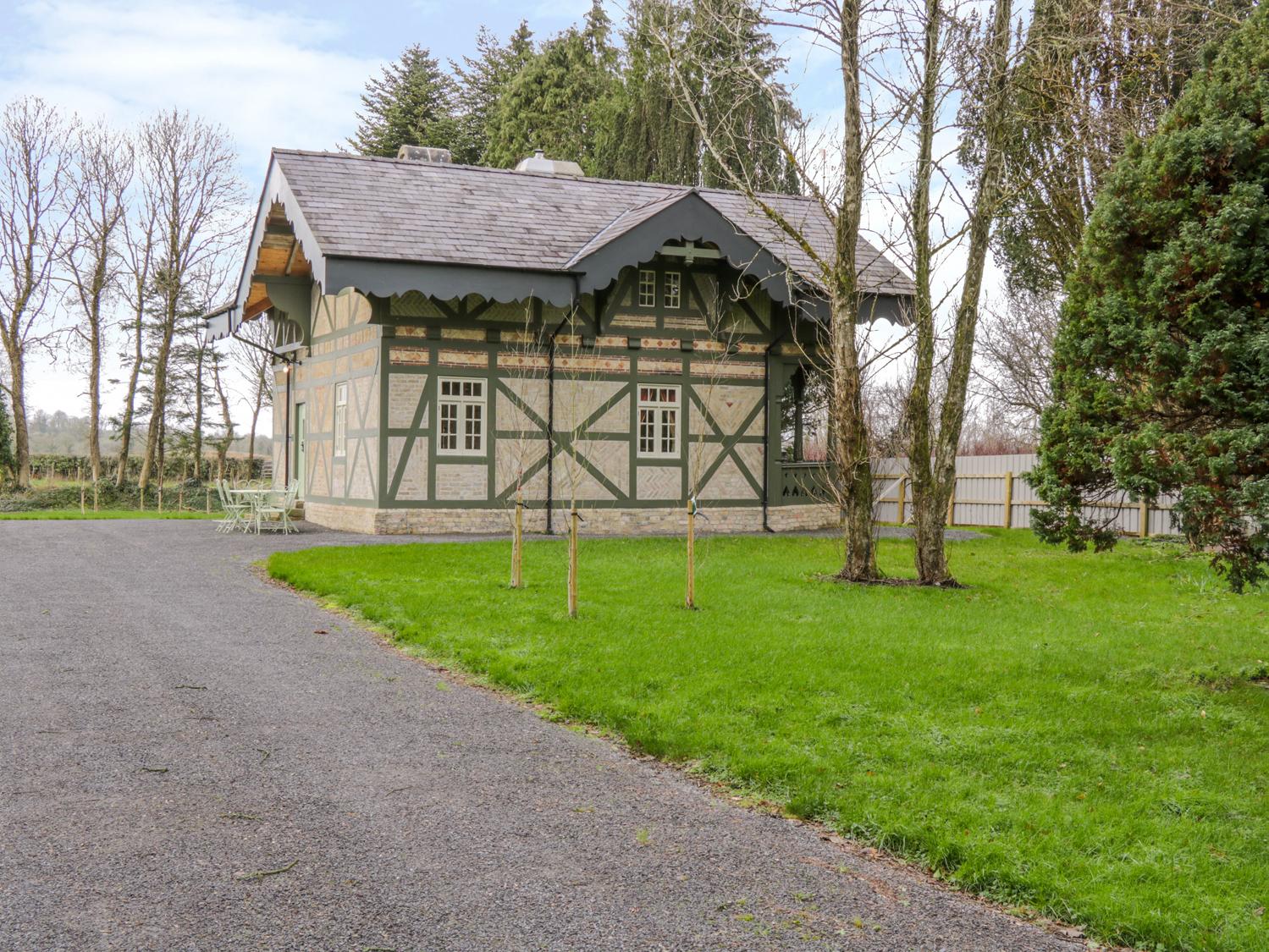 Swiss Cottage, Western Ireland