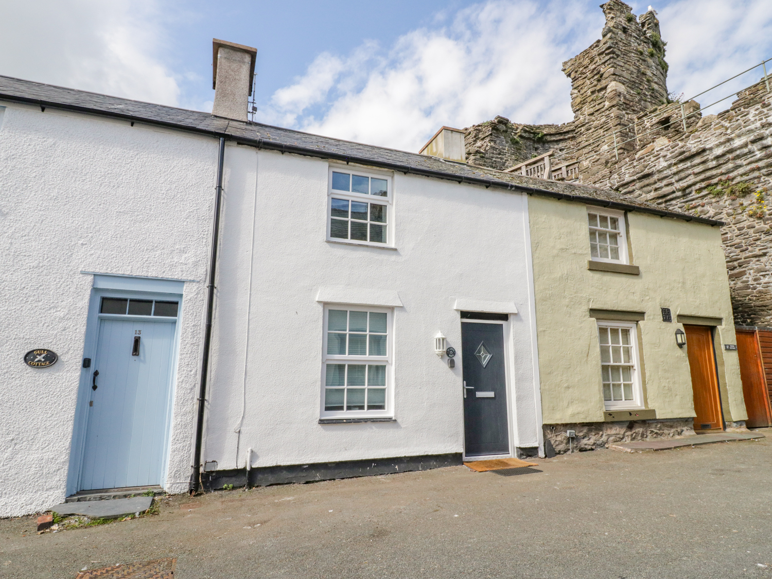 15 SEA VIEW TERRACE, Conwy