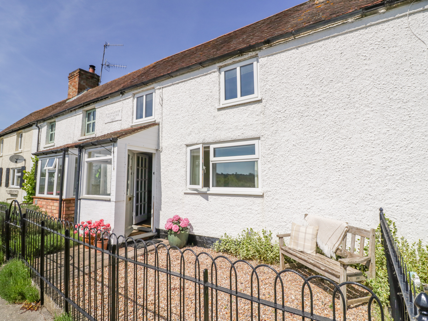 2 Knowledge Cottage, Worcestershire