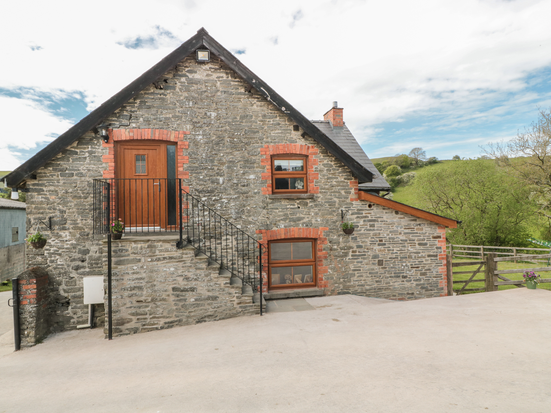 Penllan Granary, Mid Wales