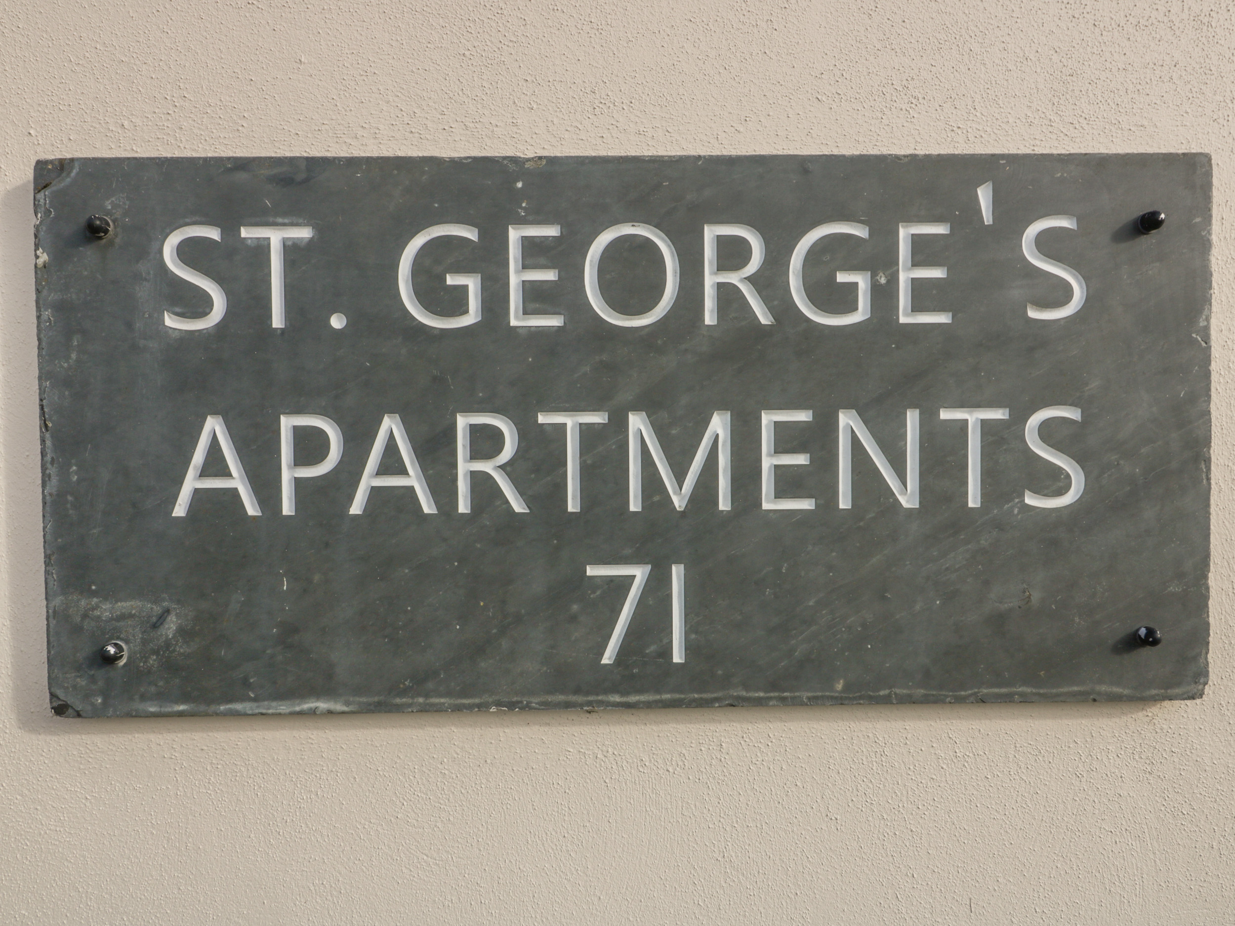 4 St. Georges Apartments