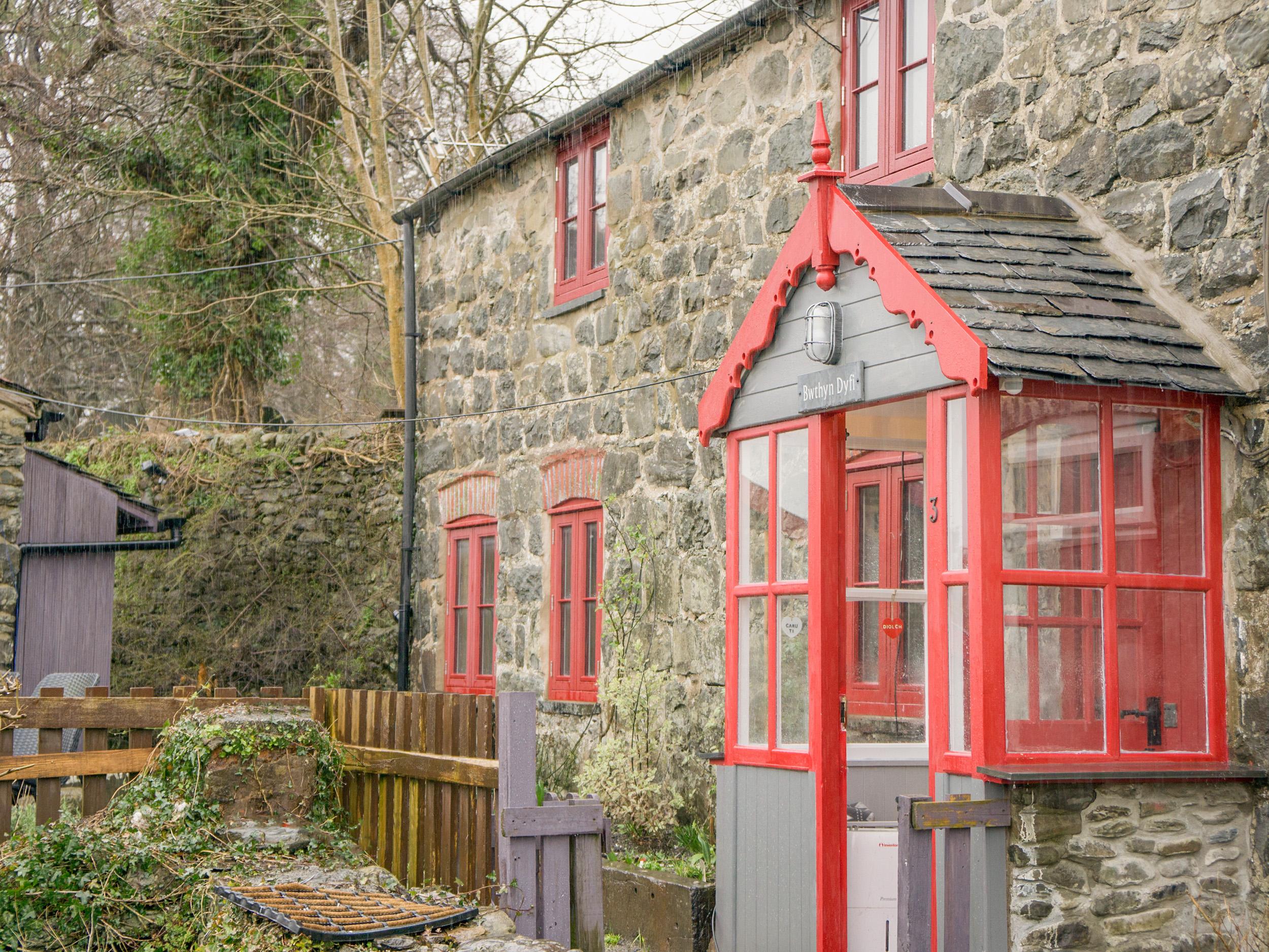 Bwthyn Dyfi, Mid Wales