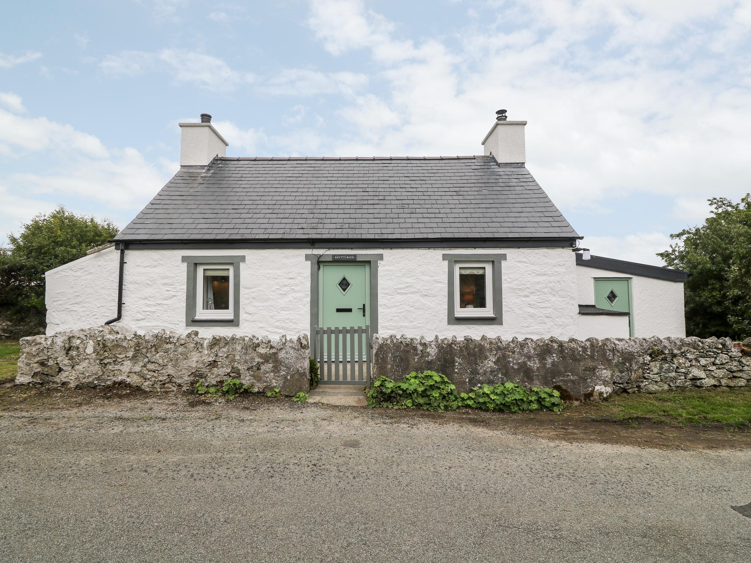 Rhytty Bach, Anglesey