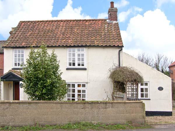 Hollyhedge Cottage,Holt