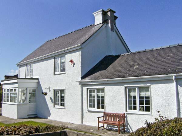 Tyddyn Gyrfa Cottage,Cemaes