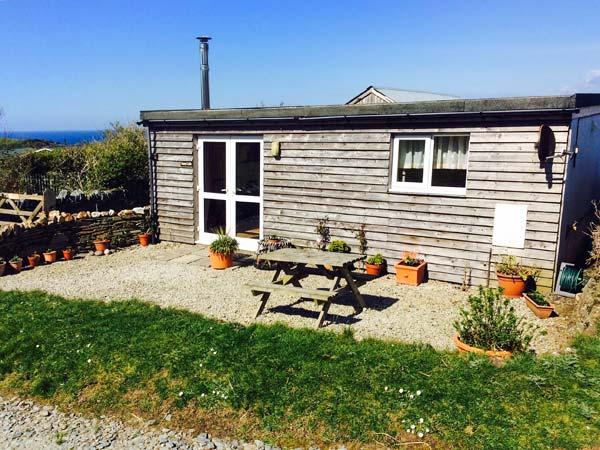 Sunny Cabin,Tintagel