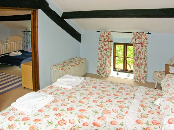 rooms to go beds quot tonfanau self catering quot the nant y pwl in tonfanau wales 16996