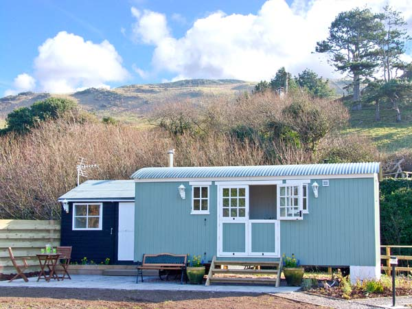 Shepherd's Hut, The,Aberdyfi