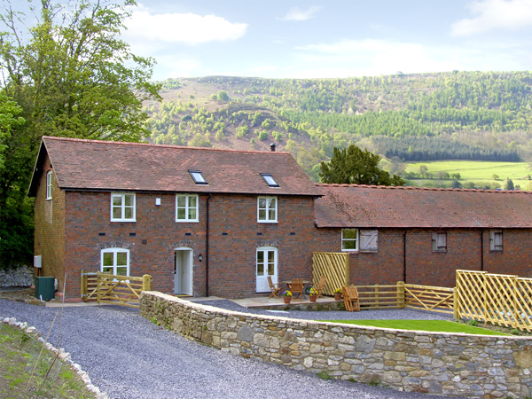 Bryn Howell Stables,Llangollen