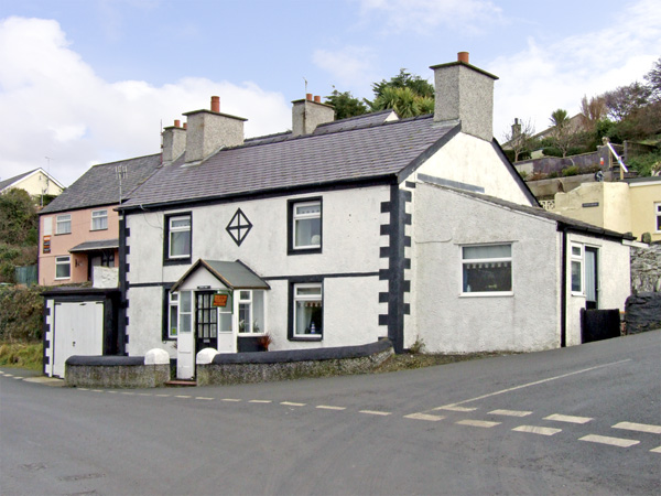 Royal Oak Cottage,Amlwch