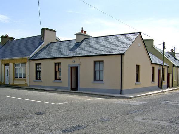 Kilkee Cottage,Ireland