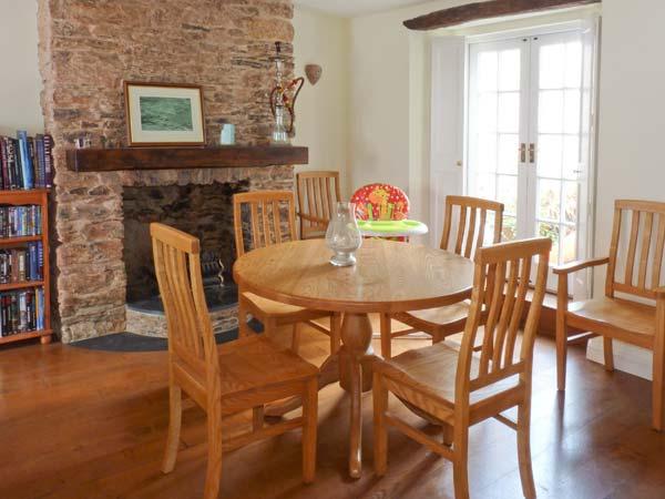Dipley Cottage