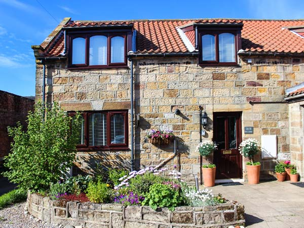Barn Cottage,Runswick Bay