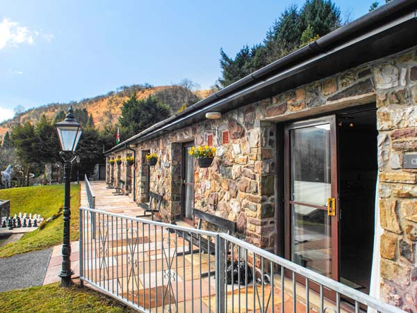 Brecon Cottages - Clwyd,Ystradgynlais