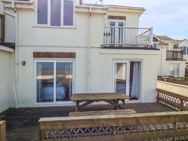 Beach House, The,Porth