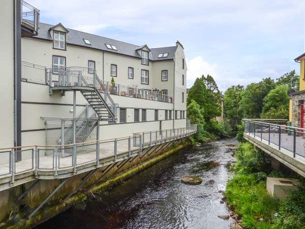 Central Ardara Riverside Apartment,Ireland