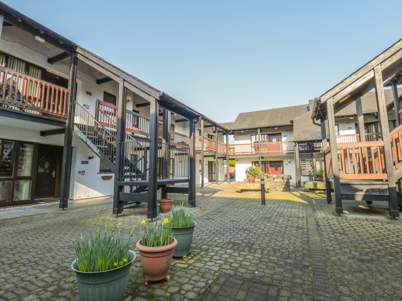 Quaysider's Apartment 9